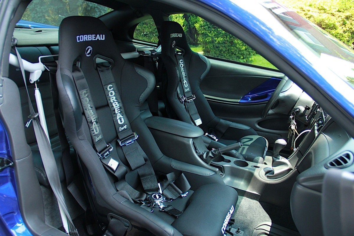 Installing Corbeau Seats and 5 Point Harnesses With CJ