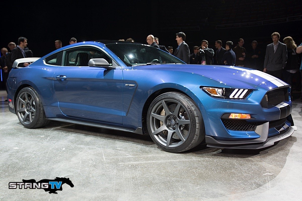 First Shelby GT350R Raises $1,000,000 for JDRF At Barrett-Jackson