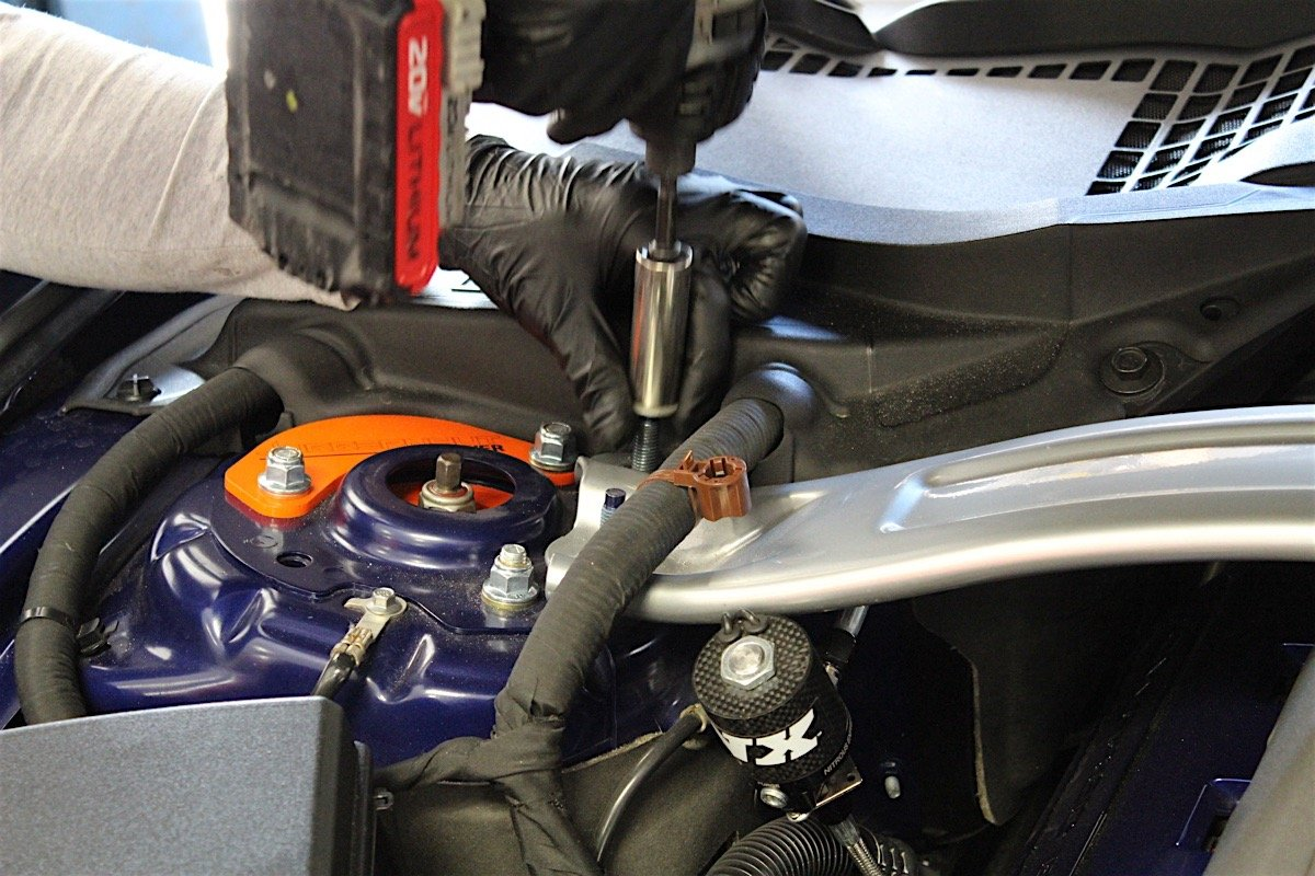 Tested: Holley Sniper EFI Coyote 5 0 Intake Manifold