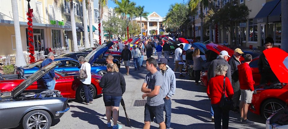 Over 150 Fords gather at Ponies Under The Palms