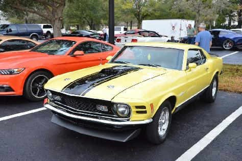 200-mustangs-turn-out-for-npds-pony-trails-cruise-0112