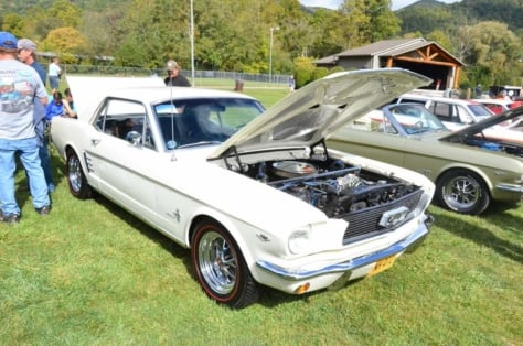 mustangs-invade-maggie-valley-the-44th-annual-mustangshelby-show-0170