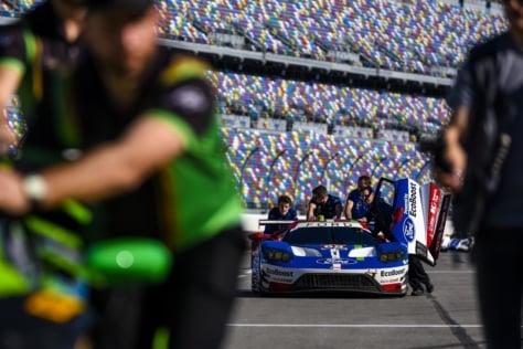 Ford-GT-Races-IMSA-Daytona-5482o