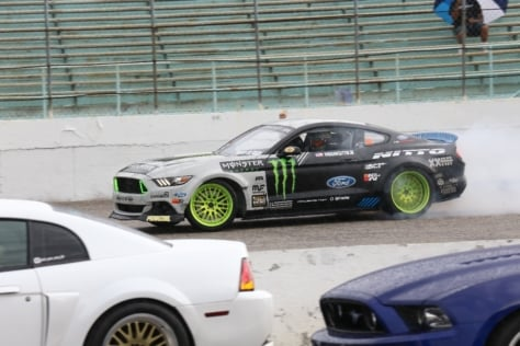 rain-cant-dampen-the-action-as-mustang-week-rolls-on-0015